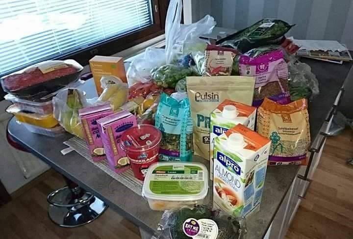 ravintoneuvonta-paketti-jaana-ruokakuva